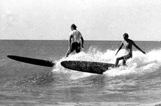Pioneer surfers at Makorori Point circa 1968
